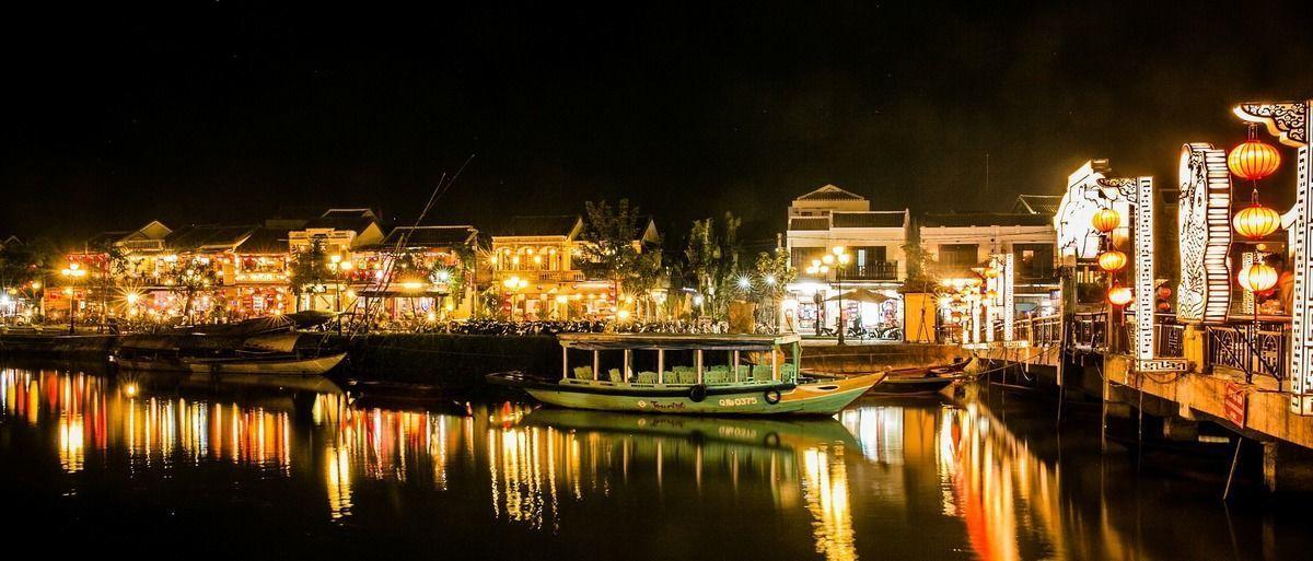 不動産市場、ベトナムに脚光